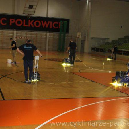 Utwardzanie na 4 maszyny !!! pierwsze w Polsce obrazek cykliniarze parkieciarze aktualnosci