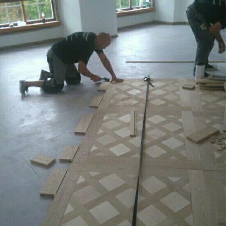 De madera –  Najpiękniejsze podłogi świata dla Ciebie logo firmy