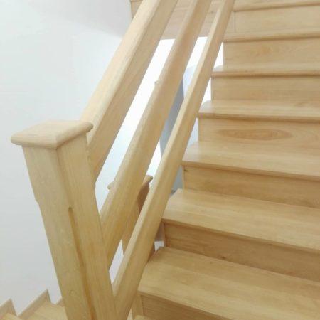 Renowacja 25-letnich dębowych schodów. cykliniarze parkieciarze obrazek