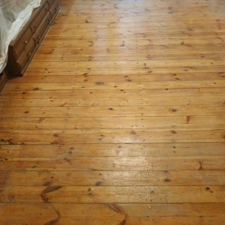 Renowacja podłogi dębowej
